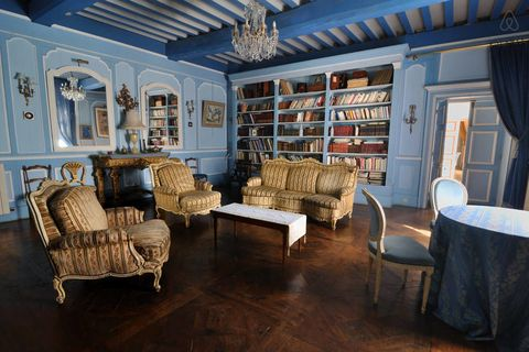 Experience These Fantastic Belle Worthy Libraries
