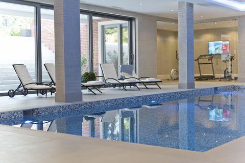 8 Leys Road Swimming Pool Oxshott Surrey