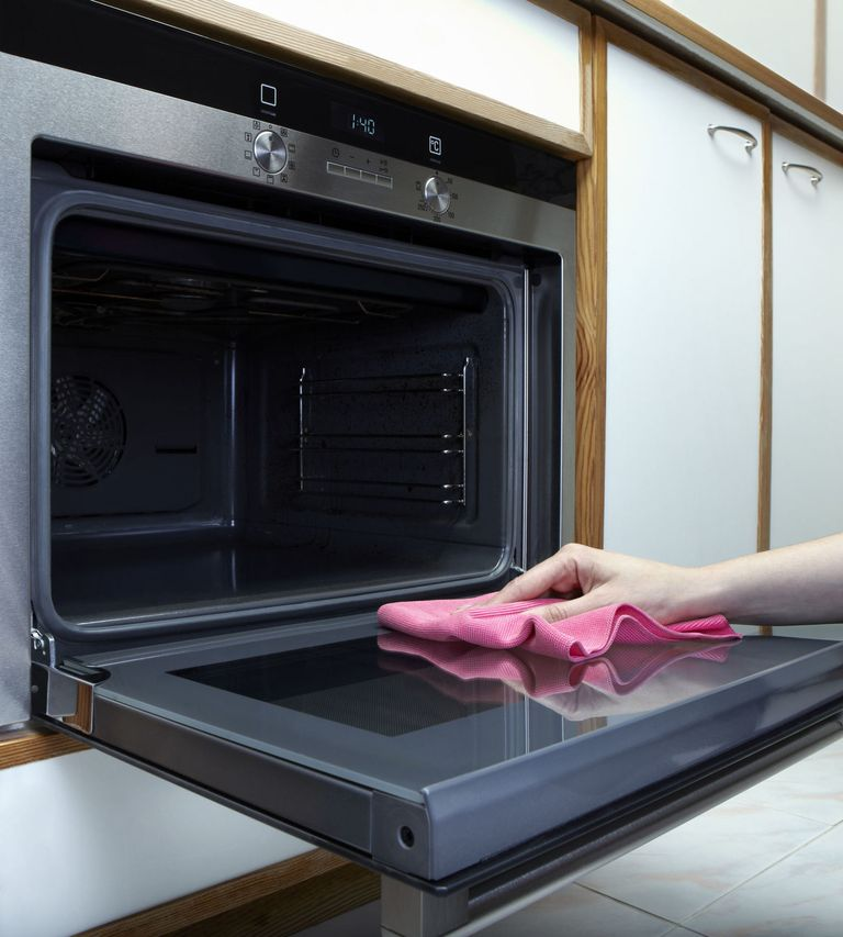 Oven Cleaning Step By Step Guide From Professional