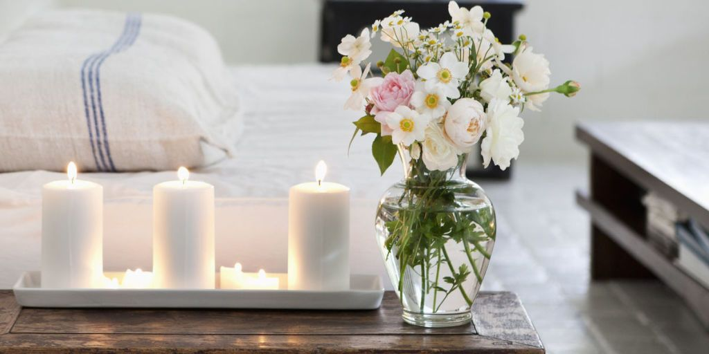 Make your home smell like spring: top scents this season