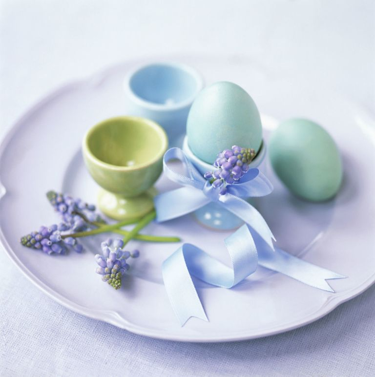 5 ways to add the perfect finishing touch to your Easter table