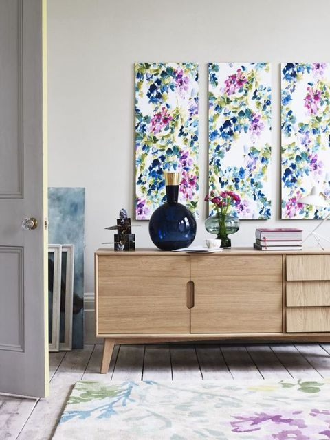 Florals style inspiration. Styling by Lorraine Dawkins, photography by Carolyn Barber
