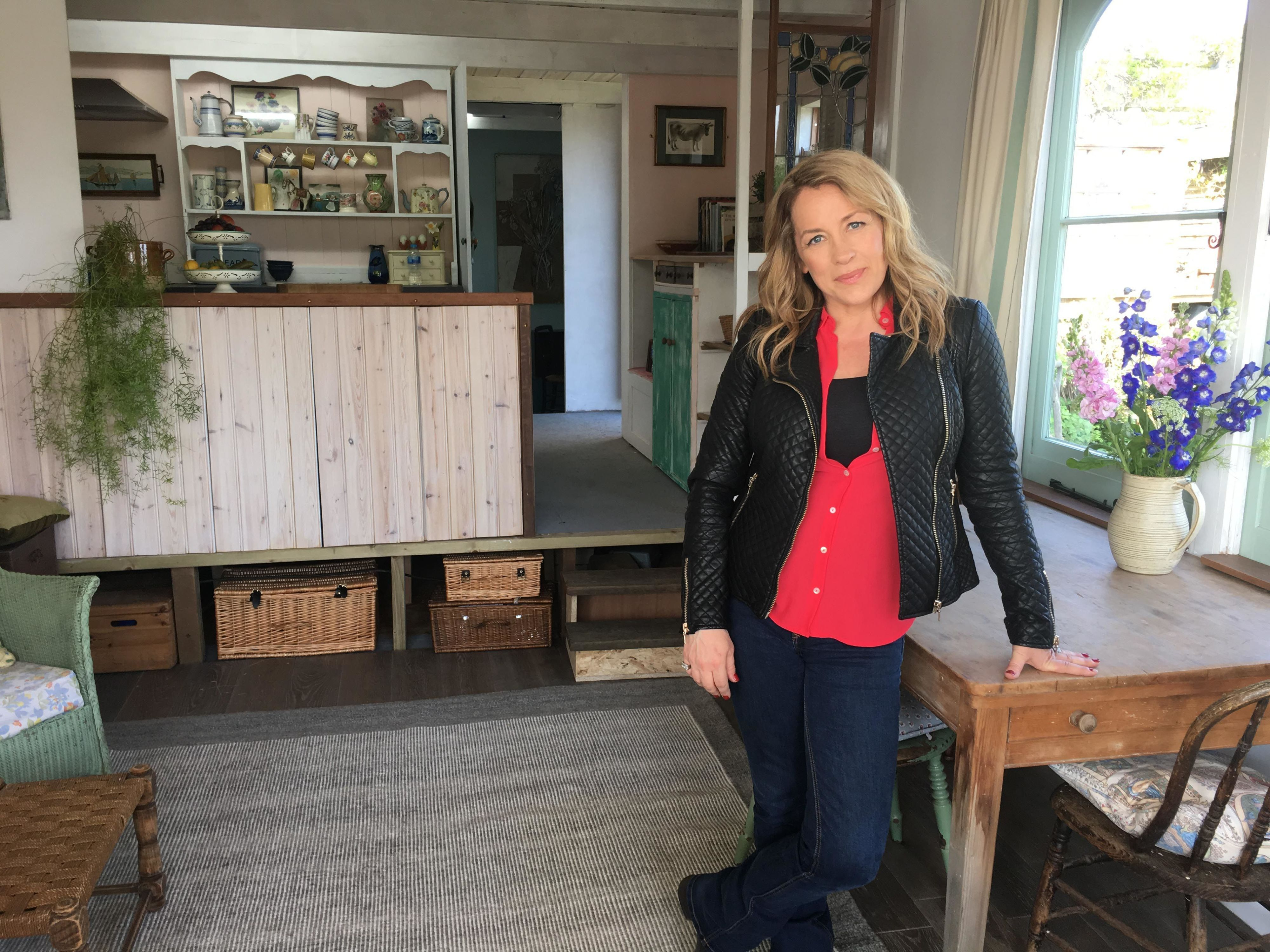 sarah beeny i lived in the back of an ex council van with my husband rh housebeautiful com channel 4 sarah beeny extensions channel 4 sarah beeny extensions