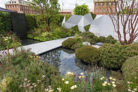 The Jeremy Vine Texture Garden. Designed by: Matt Keightley. RHS Chelsea Flower Show 2017