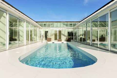 Bank House, Sheepway, Portbury, Bristol - swimming pool - Savills