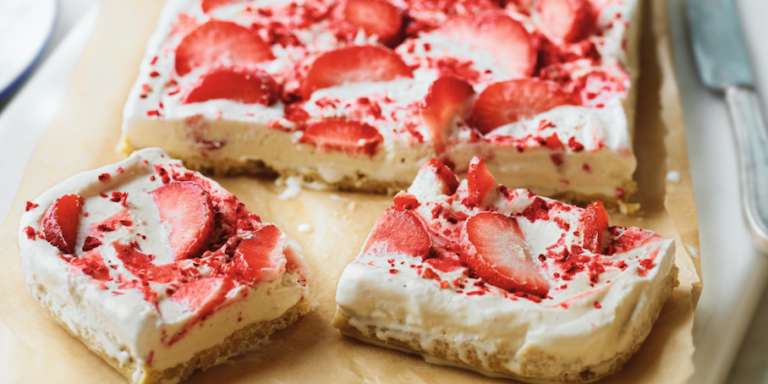 Strawberry ripple shortbread slice recipe