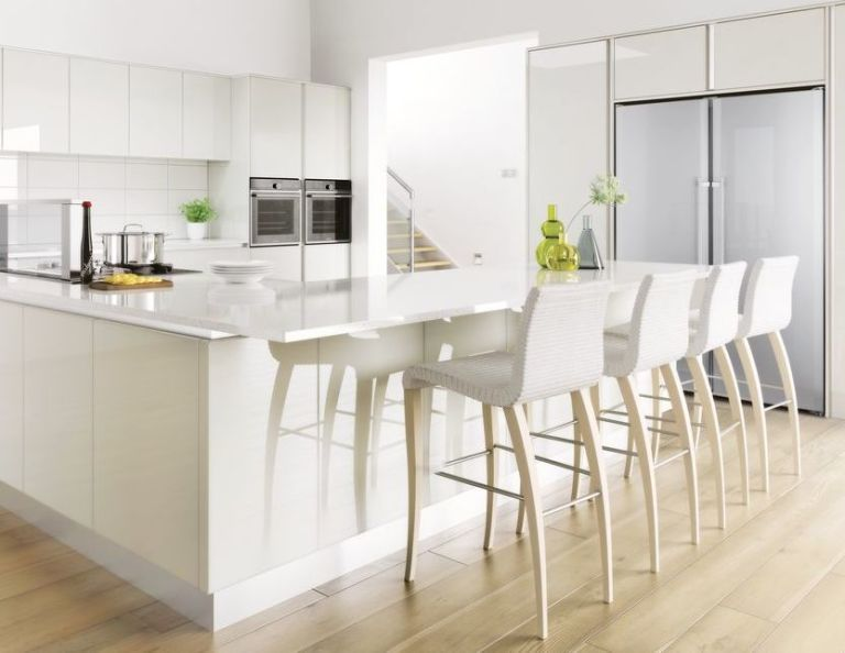 Crown Imperial kitchen island unit & Why you should consider installing a kitchen island