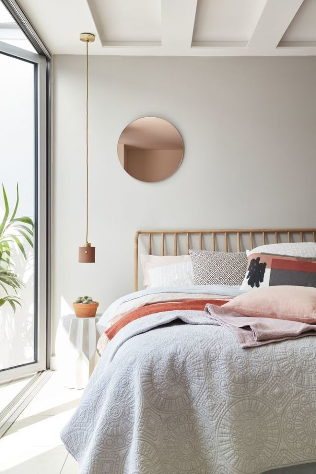 Design Tip: Styling Pillows on Beds