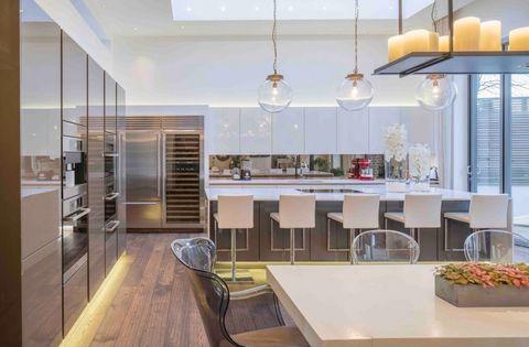 kelly hoppen designed this extravagant highgate property for sale. Black Bedroom Furniture Sets. Home Design Ideas
