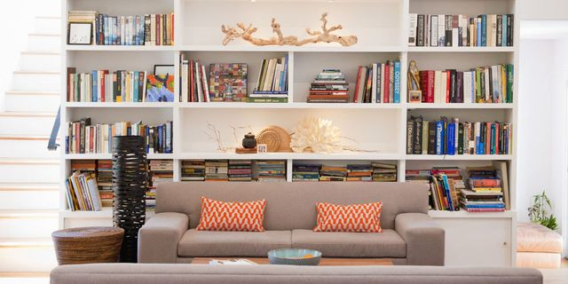 7 Ways To Style Your Bookshelf