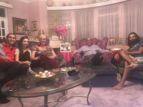 Gogglebox Fans Divided Over The Michael Family\'s Pink Living Room ...