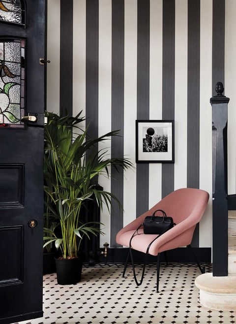 Jaspe Stripe wallpaper - hallway/front entrance
