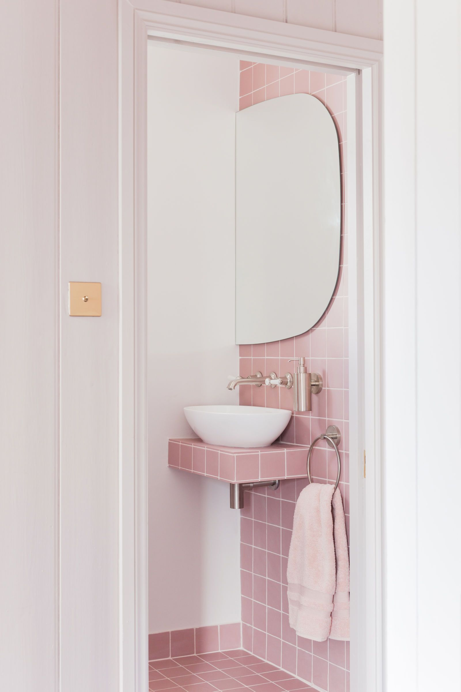 Elegant 2LG Studio   Pink Bathroom Look: Tile Giant Victorian Pink Tiles And  Products From Victoria