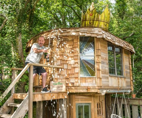 Cuprinol Shed of the Year competition 2017 - Mushroom Shed winner