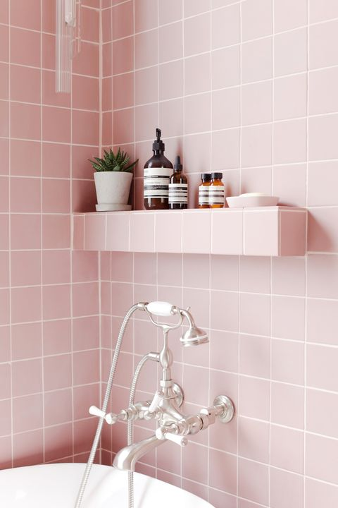 tour 2lg s pink bathroom pink bathroom tiles 11822