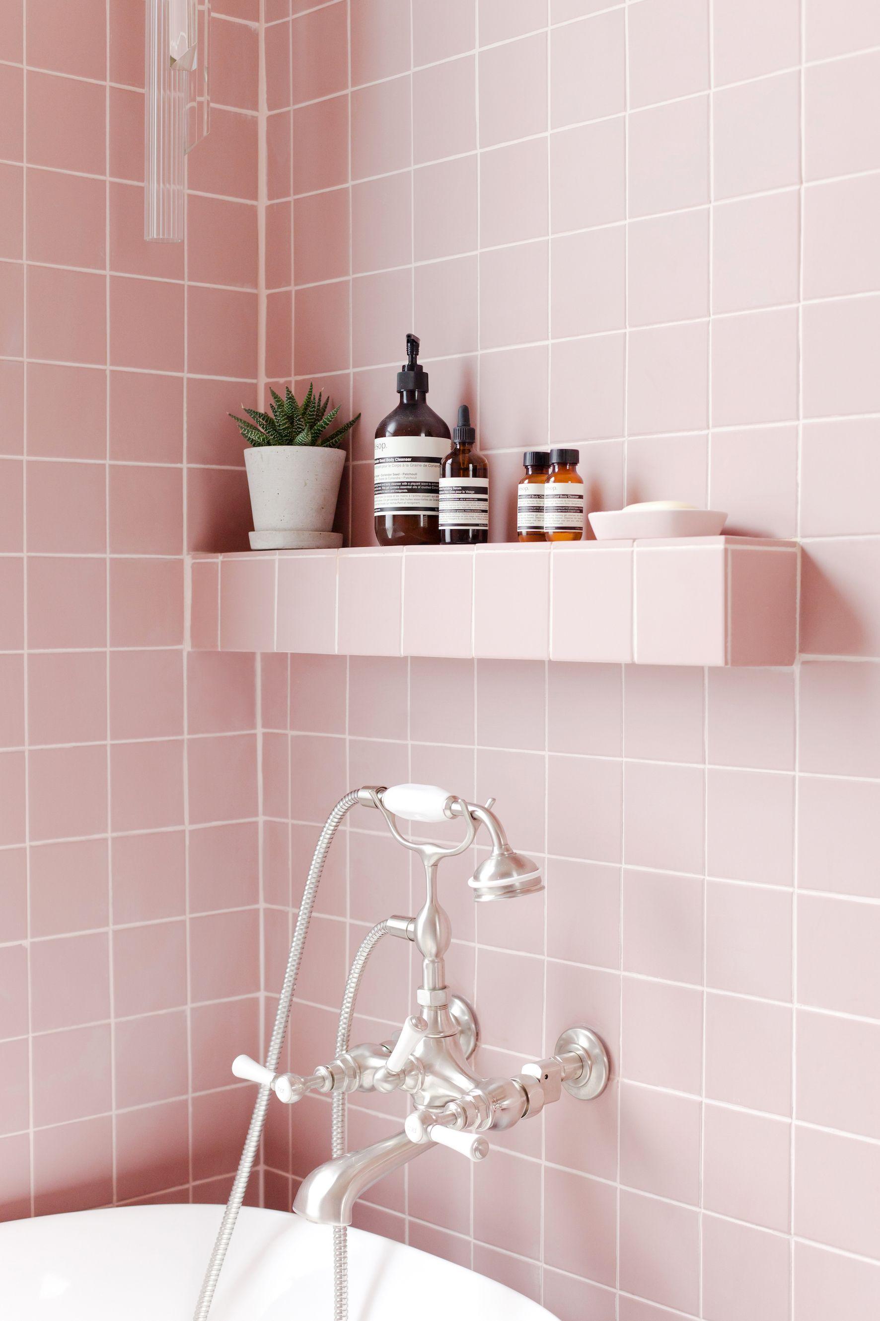 Merveilleux 2LG Studio   Pink Bathroom Look: Tile Giant Victorian Pink ...