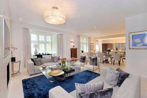 Parkside Apartment Living Area