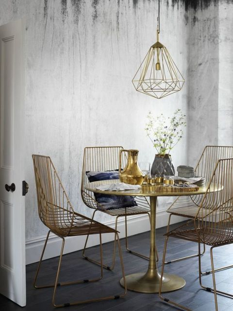 Earth's riches: Gold style inspiration