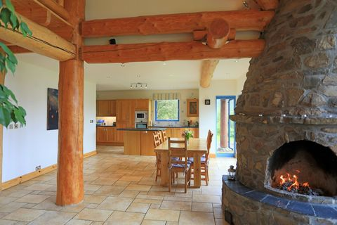 Aspen Lodge Is A Rustic Haven In The Scottish Highlands