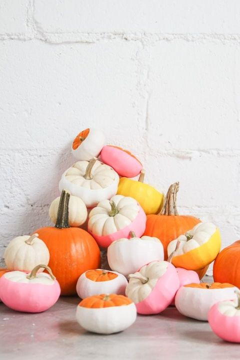 "<p>Balloons&nbsp;are a must at every birthday party, but what about adding them to your pumpkin decorations for Halloween? According to <a href=""http://www.papernstitchblog.com/2015/10/12/easiest-no-carve-pumpkin-idea-balloon-dipped-pumpkins-diy/"" target=""_blank"">Paper &amp; Stitch</a>, if you take mini pumpkins and cover them in colourful balloons you'll have a fun, no-fuss table decoration to remember.</p><p><strong data-redactor-tag=""strong"" data-verified=""redactor"">BUY NOW: <a href=""https://www.amazon.co.uk/Assorted-Colour-Inch-Latex-Balloons/dp/B005BHLDV2/"" target=""_blank"" data-tracking-id=""recirc-text-link"">Balloons, £1.87 for a pack of 50, Amazon</a></strong></p>"