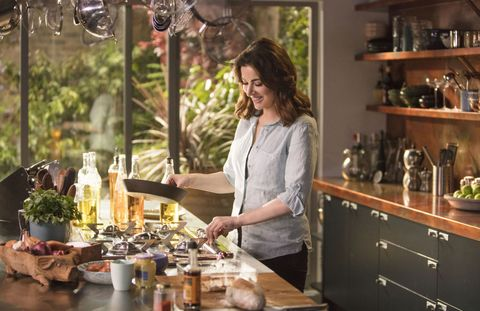 Nigella lawson im not a formal dinner party sort of person nigella at my table forumfinder Choice Image