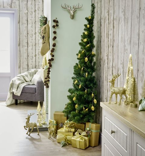 This Half Christmas Tree Is Perfect For Small Spaces Wilko