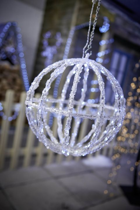 The Best Outdoor Christmas Lights With Wow Factor