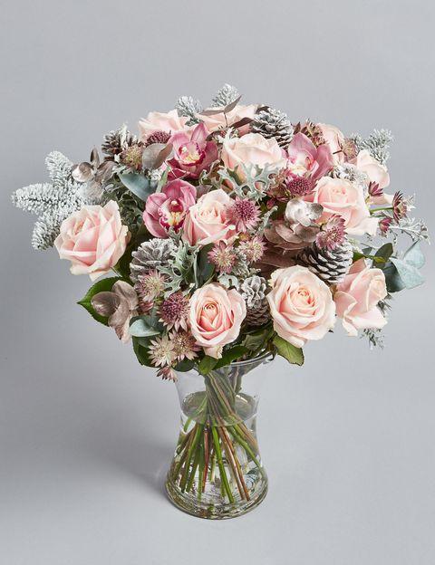 Christmas Flower Arrangements Images.Best Christmas Flowers Best Bouquet Flower Arrangements