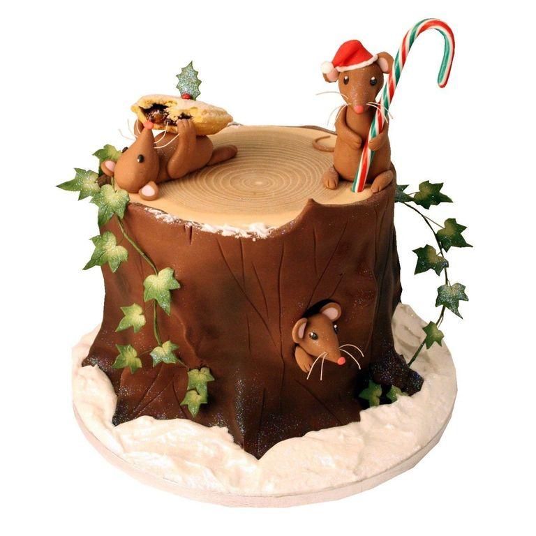 Vanilla Sponge Cake Layered With Chocolate Creme Patissiere
