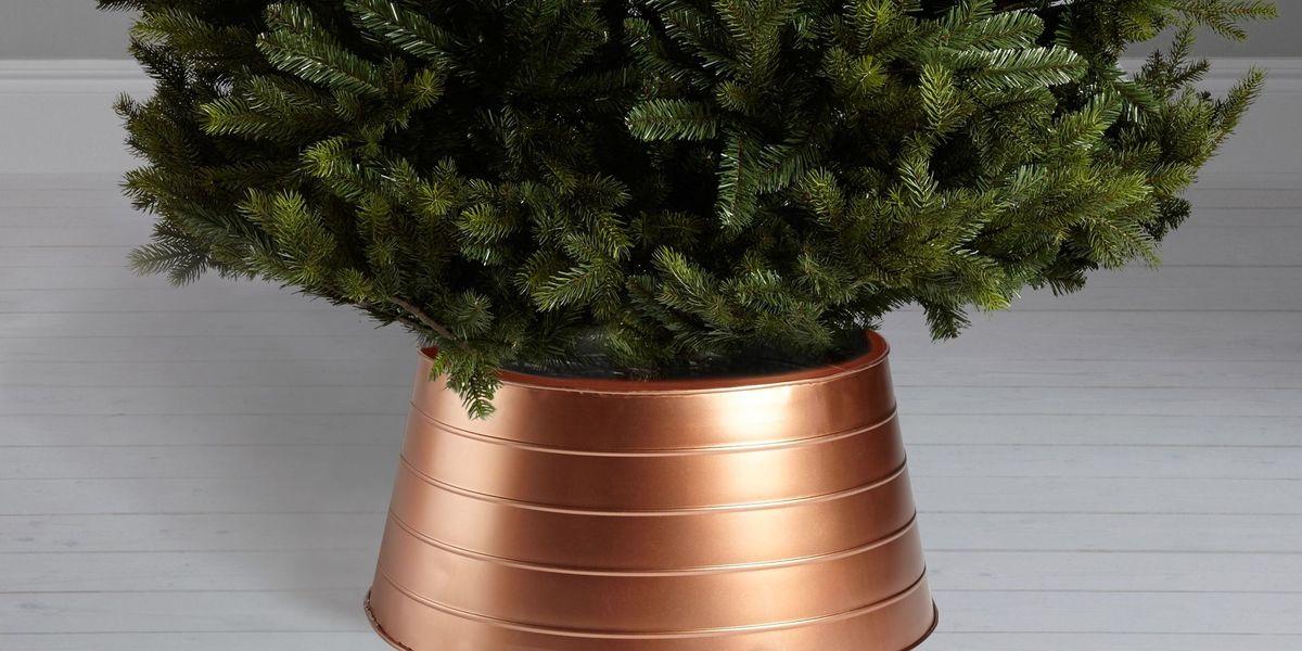 John Lewis Christmas Tree Skirt.Christmas Tree Skirts Are Now More Popular Than Tree Toppers