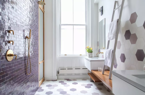 Purple bathroom in New York home, Onefinestay
