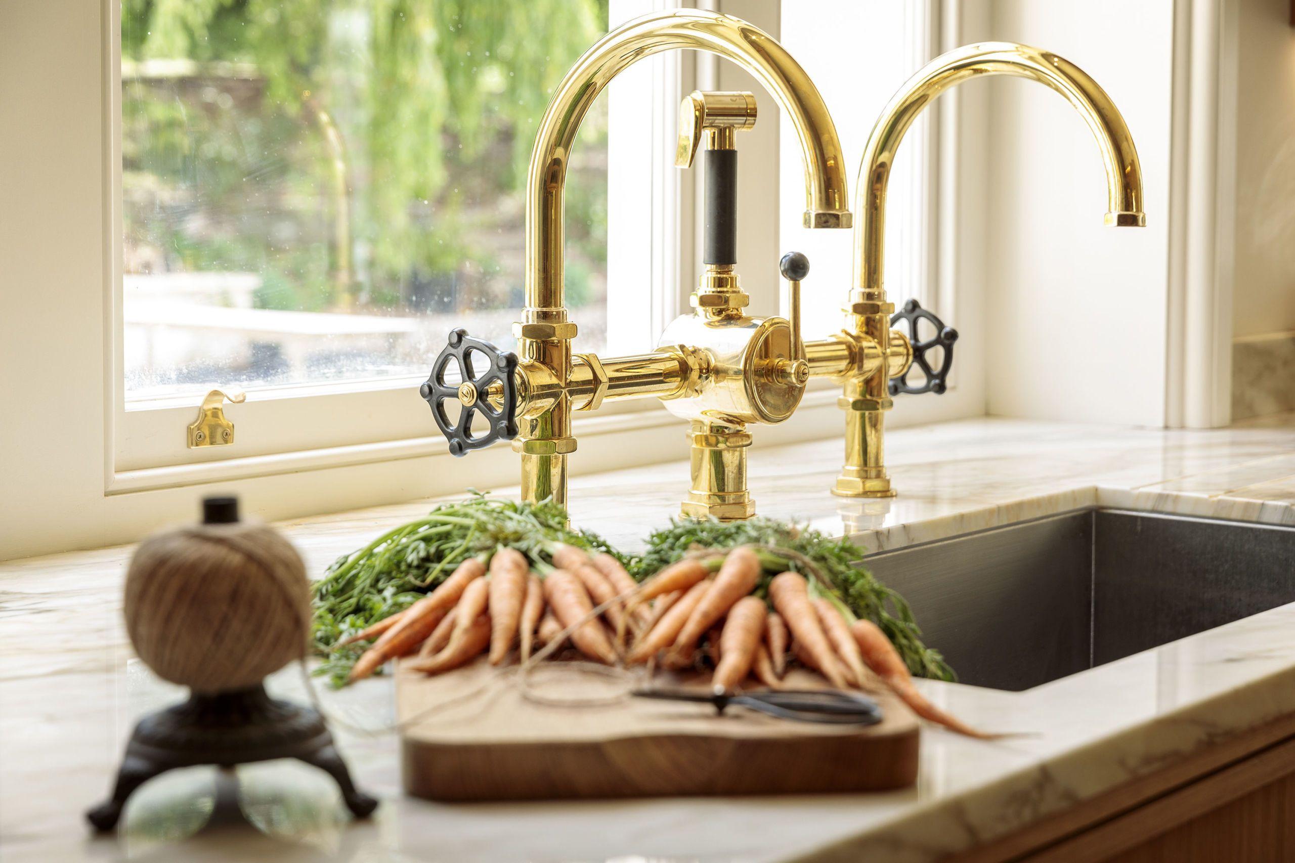 Brass Taps   Georgian Manor Kitchen