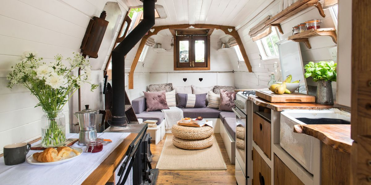 Charming Century Old Narrowboat Makes Stylish Use Of Every