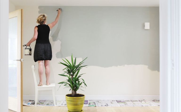 Biggest Mistake To Avoid When Decorating A Room - Wall Painting