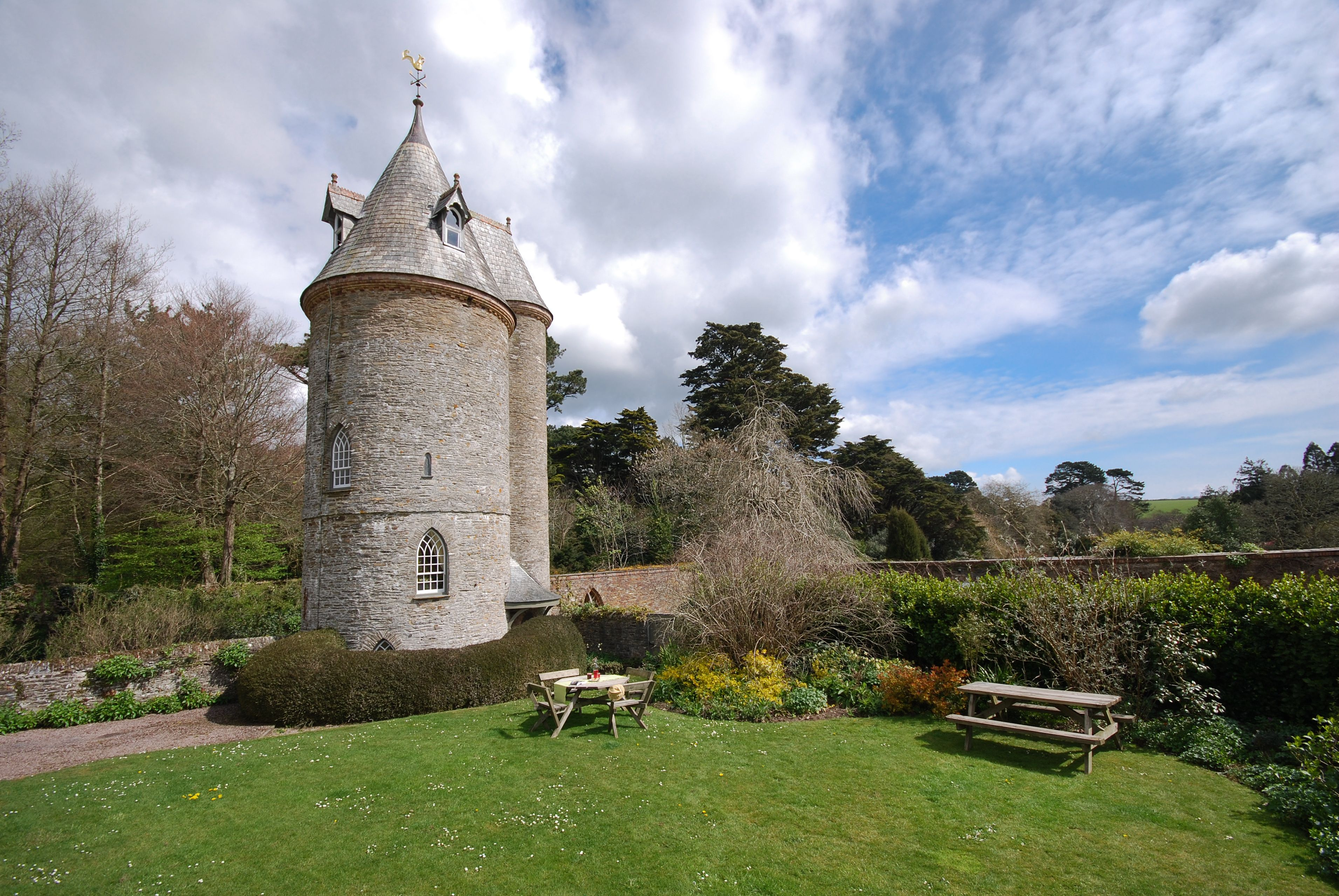 Outstanding This National Trust Fairy Tale Tower In Cornwall Is The Most Interior Design Ideas Pimpapslepicentreinfo