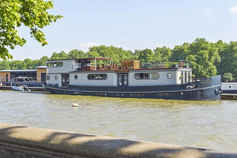 Buy This Magnificent Four-bedroom Chelsea Houseboat - London