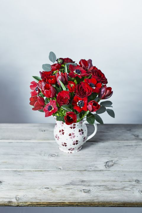 Passionate Love Valentines Day Bouquet Gift Set - Emma Bridgewater jug