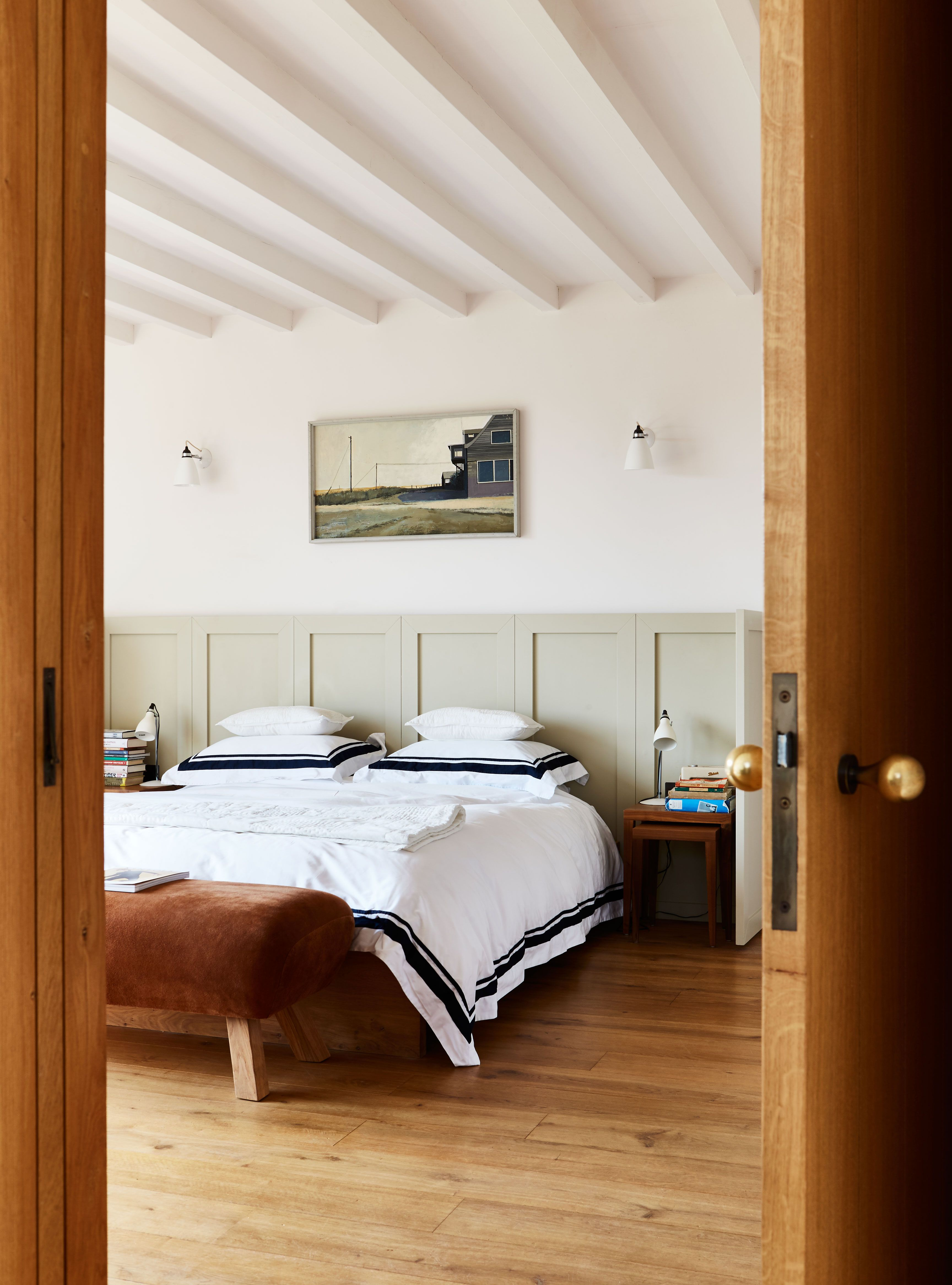 40 beautiful bedroom decorating ideas modern bedroom ideas rh housebeautiful com images of beautiful romantic bedrooms pictures of beautiful guest bedrooms