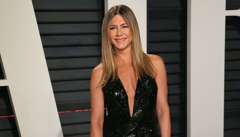 Jennifer Aniston attends the 2017 Vanity Fair Oscar Party
