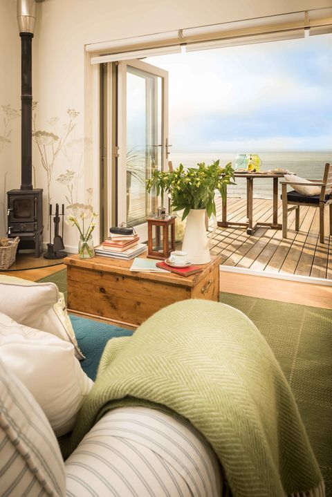 Unique Home Stays this glamorous beach hut home in cornwall is now up for sale