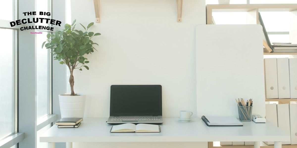14 Minimalist Office And Desk Spaces On That Declutterers Will Love
