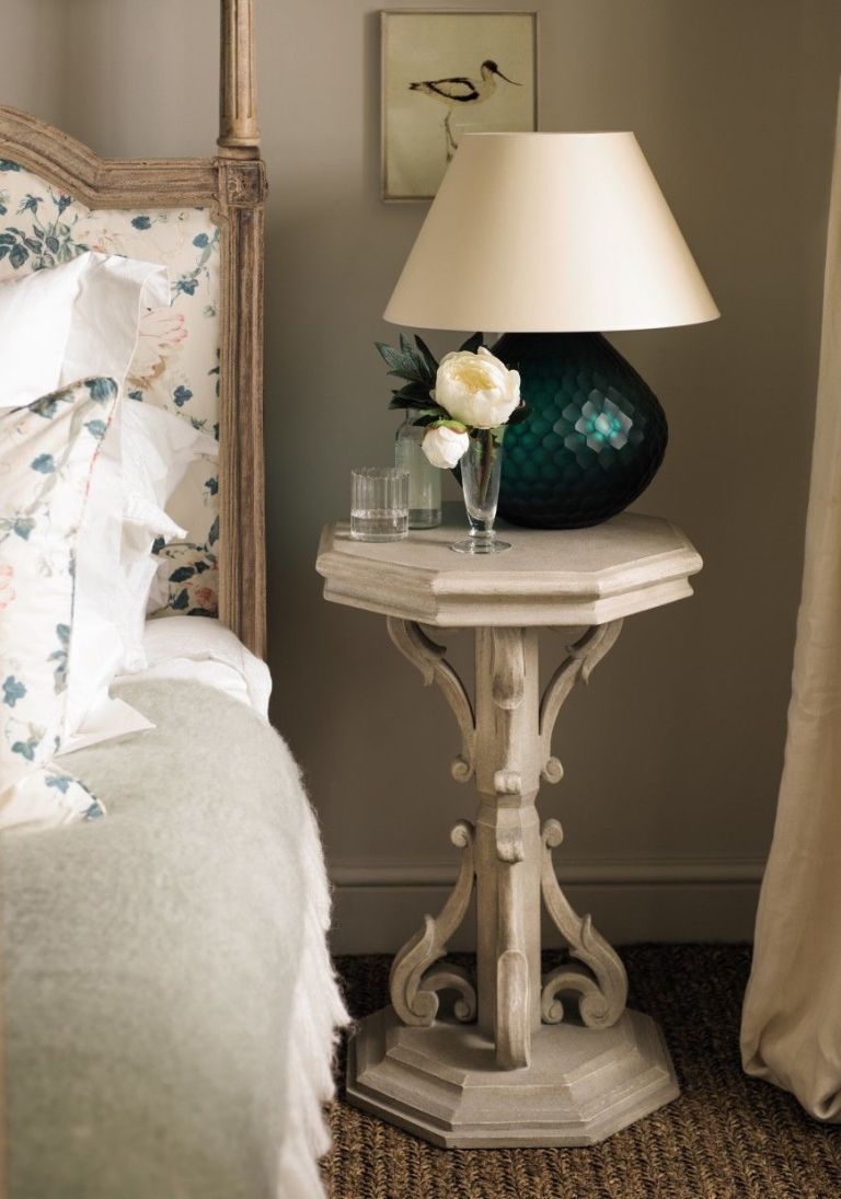 Dual Purpose Bedside Tables : built in lamp