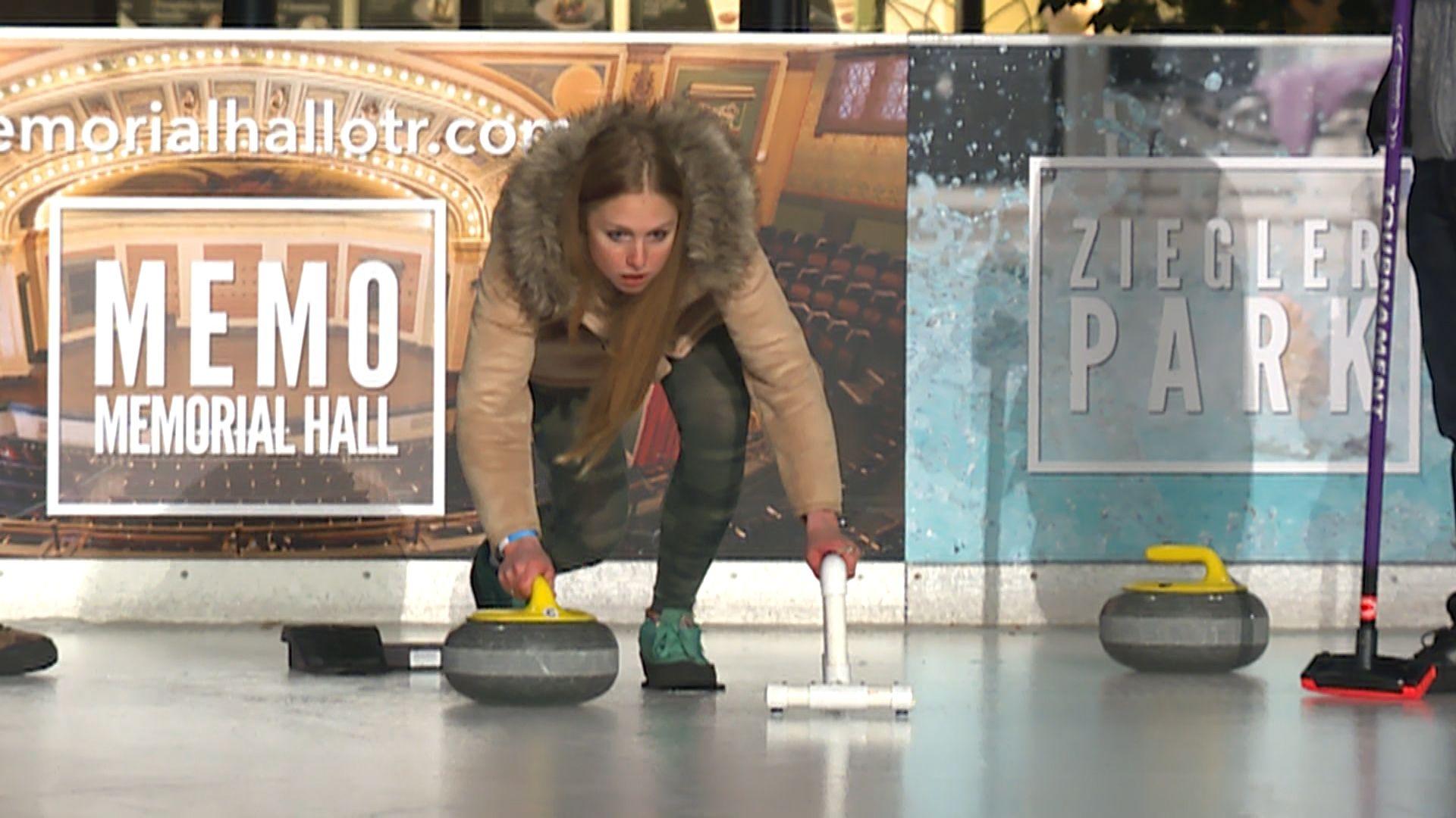 curling 1510871537 jpg