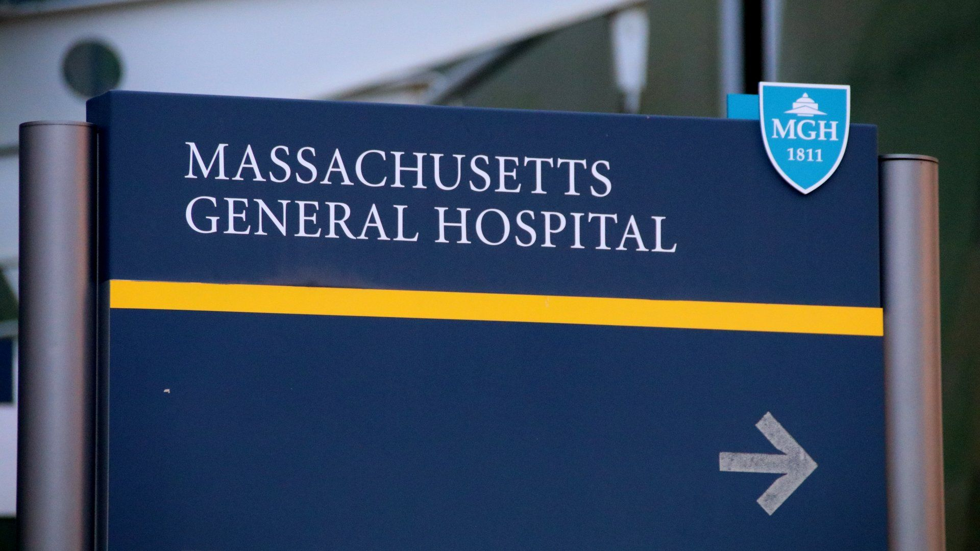 https://www.wcvb.com/article/video-boston-infectious-disease-expert ...