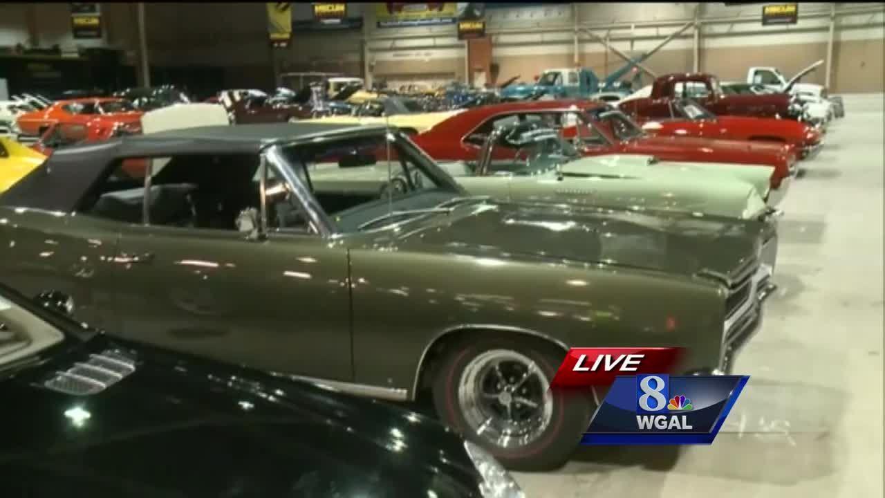 Mecum Auto Auction revs up in Harrisburg
