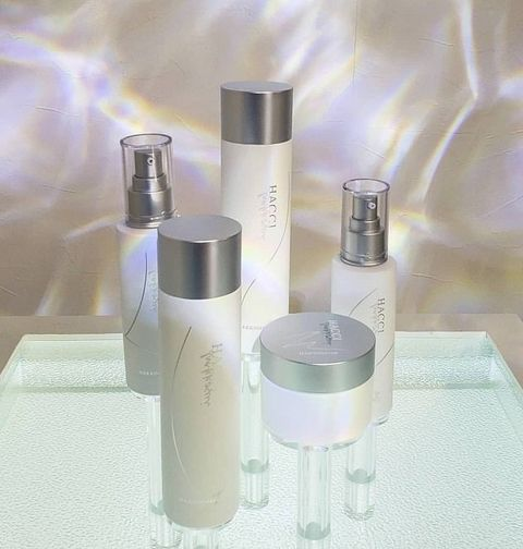 Cylinder, Silver, Cosmetics, Personal care,