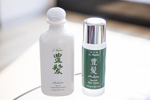 Product, Bottle, Beauty, Water, Plastic bottle, Skin care, Spray, Personal care, Plant, Cosmetics,