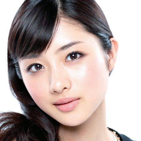Hair, Nose, Lip, Cheek, Brown, Hairstyle, Skin, Chin, Forehead, Eyebrow,