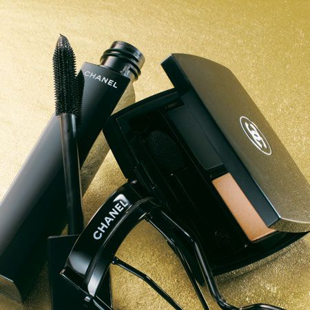 Product, Camera accessory, Cameras & optics, Photography, Gadget, Office equipment, Video camera, Cable, Machine, Plastic,