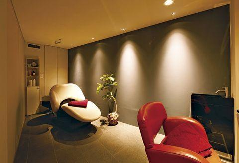 Lighting, Room, Interior design, Ceiling, Interior design, Computer monitor, Display device, Lamp, Linens, Bedding,